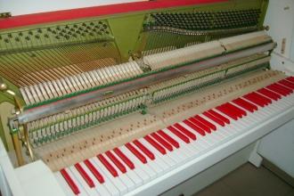 Pianina Yamaha i inne 029